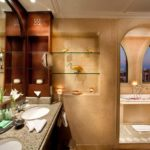 Marble Fitted Bathroom of Suite – Kempinski Hotel Soma Bay (Foto © somabay.com)