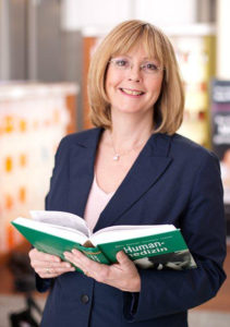 Dr. Frauke Höllering