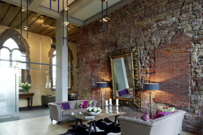 Blick ins Foyer (alle Fotos: © Kloster Hornbach)