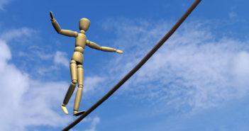 Parkinson – Therapie in der Balance halten (Foto: © Fotolia)