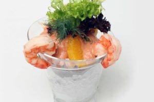 Verunreinigte Nahrungsmittel wie Meeresfrüchte sind oft Ansteckungsquellen für Hepatitis A.