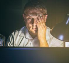 Trockene Augen – Symptome und Therapiemöglichkeiten