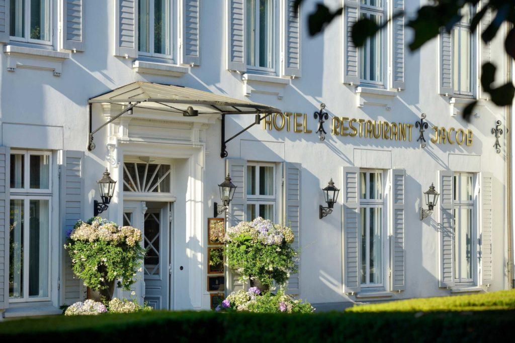 Außenansicht - Hotel Louis C. Jacob