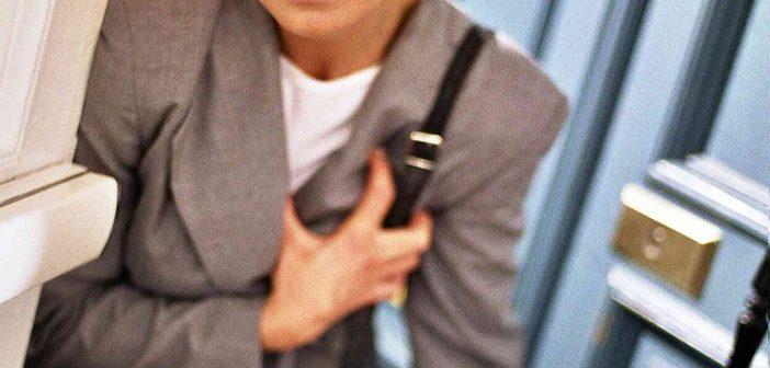 Frau mit Herzproblemen