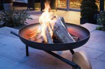 edle Feuerstelle mit Grillfunktion