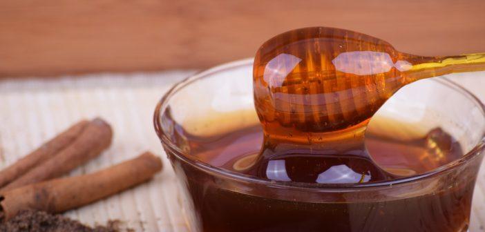 Honig als Hausmittel gegen Lippenherpes