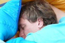 10 Tipps gegen Schnarchen