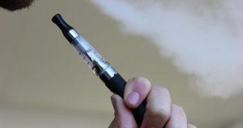 Der sogenannte Vape ist sogar noch schädlicher als eine Zigarette.