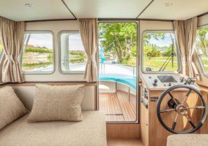 Locaboat Blick nach draußen