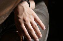 Schuppenflechte an Fingernägeln