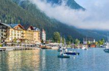 seitliche Ansicht Hotel Post am See